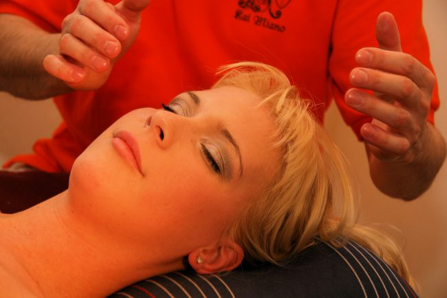 massage du crane femme